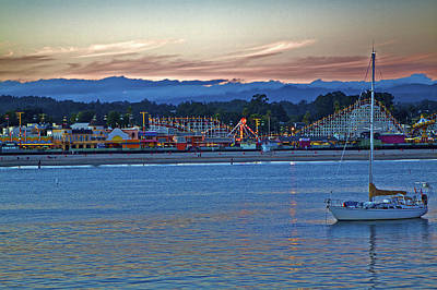 Boat At Dusk Santa Cruz Boardwalk Art Print