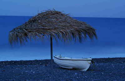 Boat On Beach Art Print by Saul Moreno