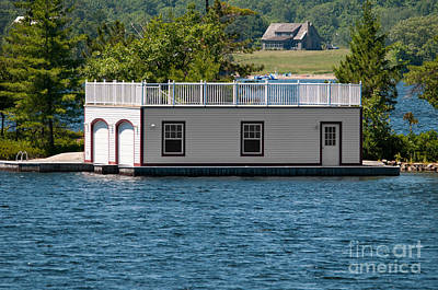 Photograph - Boathouse With A House by Les Palenik