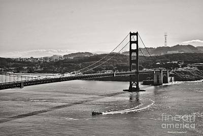 Boating Under The Golden Gate Art Print