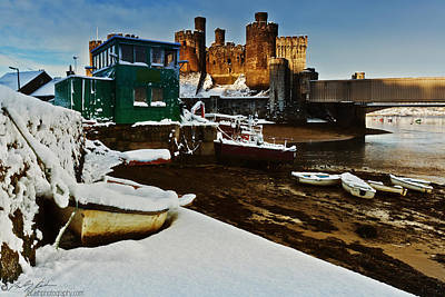 Photograph - Boats In Snow At The Castle by Beverly Cash