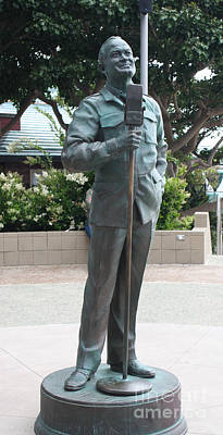 Photograph - Bob Hope Memorial Statue by John Telfer