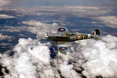 Raf Photograph - Bob Stanford Tuck's Spitfire Mk Vb by Gary Eason