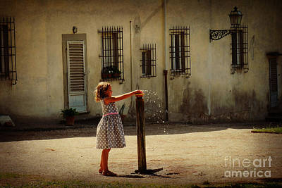 Boboli Bubbler Art Print by Valerie Reeves