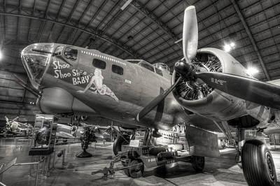 Boeing B-17 Bomber Art Print