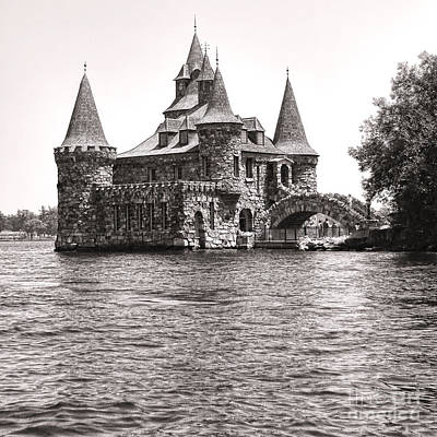 New Castle Photograph - Boldt Castle Power House by Olivier Le Queinec