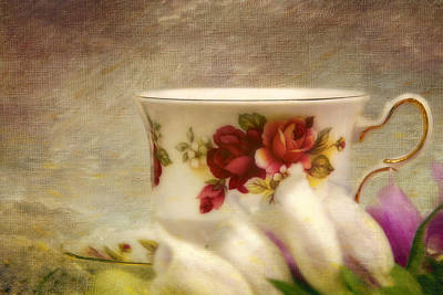 Photograph - Bone China Teacup And Foxgloves by Peggy Collins