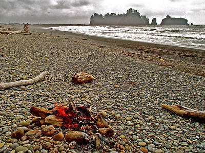 Olympic National Park Digital Art - Bonfire On Rialto Beach In Olympic National Park-washington by Ruth Hager