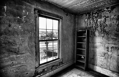 Photograph - Boo's Room - Black And White by Renee Sullivan