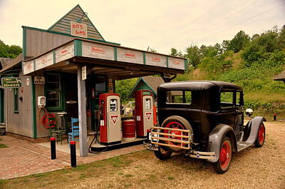 Photograph - Bo's Gas 4 by Marty Koch