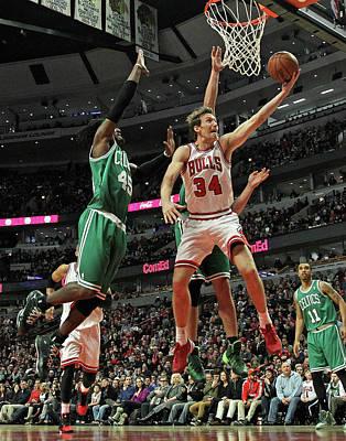 Photograph - Boston Celtics V Chicago Bulls by Jonathan Daniel