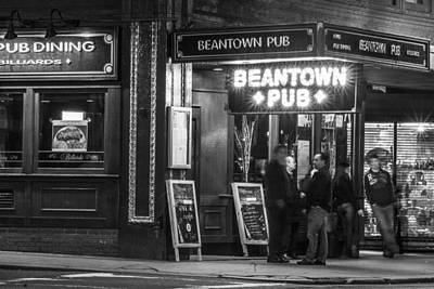 Photograph - Boston Pub by John McGraw