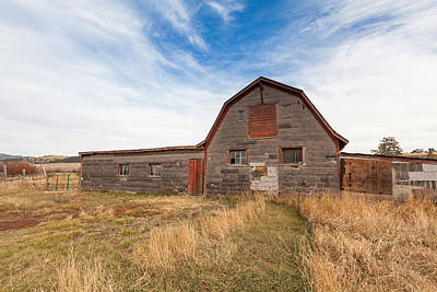 Photograph - Boulder Barn by Fran Riley
