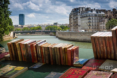 Bouquinistes Le Long De La Seine Art Print by Inge Johnsson