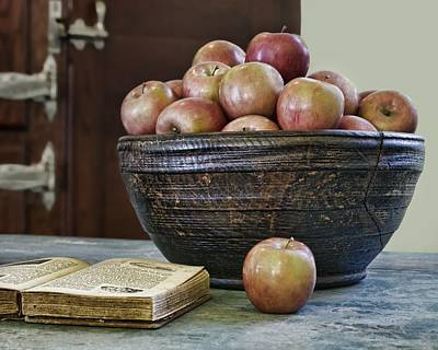 Cookbooks Photograph - Bowl Of Apples by Nikolyn McDonald