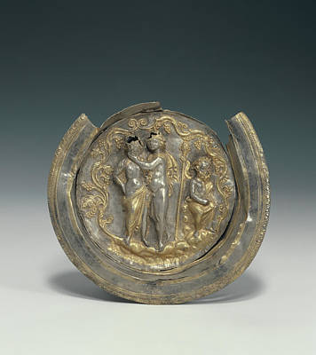 Bowl With A Medallion Depicting Dionysos And Ariadne Art Print
