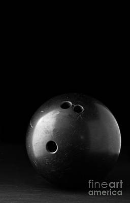 Bowling Ball Print by Edward Fielding