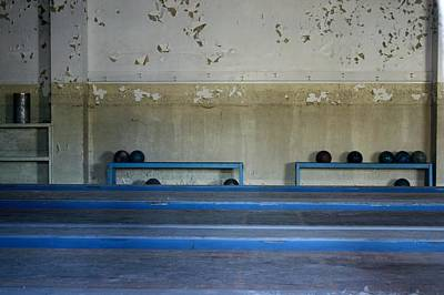 Photograph - Bowling Past by Robin Mahboeb