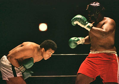 Photograph - Boxing - Cassius Clay - Bob And Weave by Robert  Rodvik