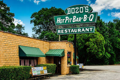 Small Towns Photograph - Bozo's Hot Pit Bar-b-q by Jon Woodhams
