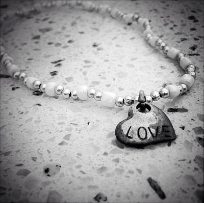 Heart Necklace Photograph - Bracelet by Les Cunliffe