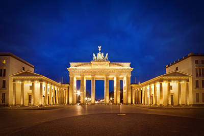Republic Building Photograph - Brandenburg Gate by Melanie Viola