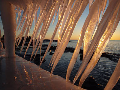 Break Wall Winter Sunrise Art Print