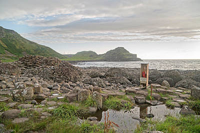 Giants Causeway Photograph - Breaking Waves -- Giant's Causeway -- Ireland by Betsy Knapp