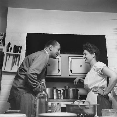 Colander Photograph - Brian Aherne And His Wife by Luis Lemus