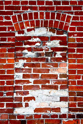 Photograph - Brick In The Wall by Karon Melillo DeVega