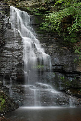 Pennsylvania Photograph - Bridal Veil Falls by Jennifer Ancker
