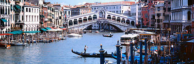 Water Vessels Photograph - Bridge Across A River, Rialto Bridge by Panoramic Images