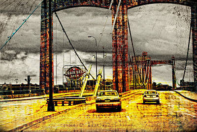 Mississippi River Digital Art - Bridge Over The Mississippi by Susan Stone