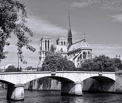 Photograph - Bridge Over The Seine - Black And White by Allen Beatty