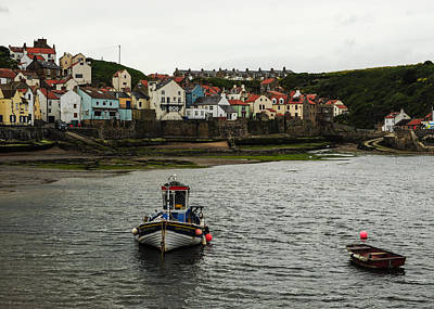 Photograph - Bright Houses Of Staithes by Eliza Donovan