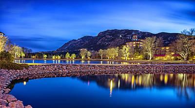 Broadmoor Photograph - Broadmoor Lake At Night by David Soldano