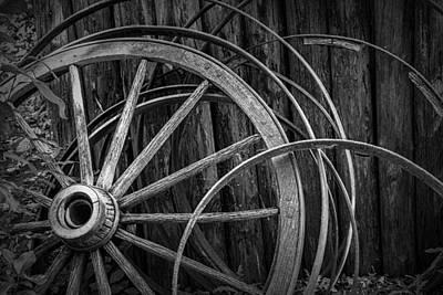 Wagon Wheel Hub Wall Art - Photograph - Broken Wagon Wheel And Rims In Black And White by Randall Nyhof