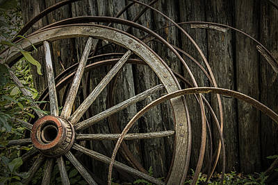 Wagon Wheel Hub Wall Art - Photograph - Broken Wagon Wheel And Rims by Randall Nyhof
