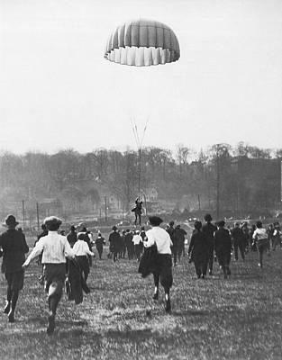 Lt Photograph - Bronx Parachute Leap by Underwood Archives