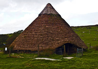 Cornwall Photograph - Bronze Age Hut by Paul Howarth
