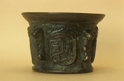 Seventeenth Century Photograph - Bronze Mortar by Science Photo Library