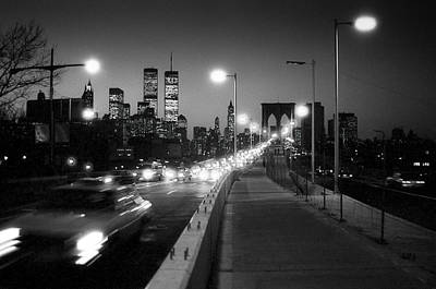 Photograph - Brooklyn Bridge And Manhattan Skyline At Dusk 1980s by Gary Eason