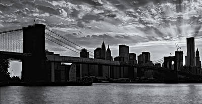 Empire State Building Photograph - Brooklyn Bridge Sunset Bw by Susan Candelario