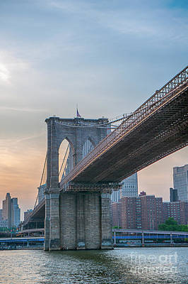 Photograph - Brooklyn Bridge Sunset by Ray Warren
