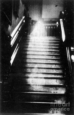 Photograph - Brown Lady Of Raynham Hall Ghost 1936 by Photo Researchers