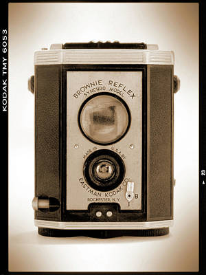 Vintage Camera Wall Art - Photograph - Brownie Reflex by Mike McGlothlen