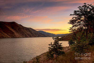 Photograph - Brownlee Sunrise by Robert Bales
