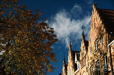 Photograph - Bruges by Louise Fahy