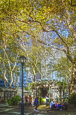 Bryant Park Afternoon Art Print by Richard Trahan