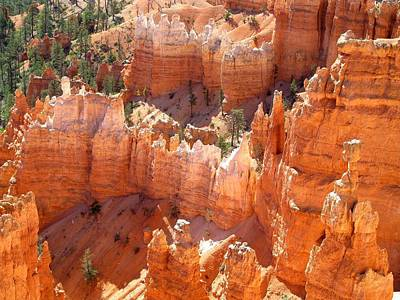 Bryce Canyon 138 Art Print by Maria Huntley